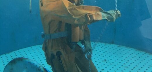 Ewakuacja z okrętu podwodnego. / Zdjęcie: OSNiP WP