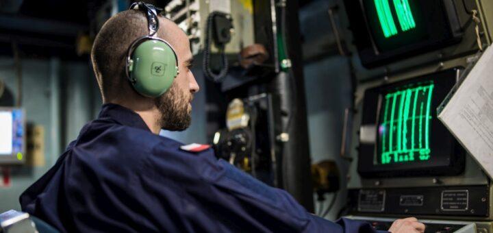 Prowadzenie ćwiczebnych ataków torpedowych. / Zdjęcie: Michał Pietrzak / 3.FO