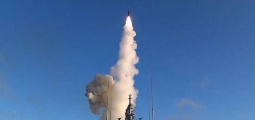 Wystrzelenie pocisku hipersonicznego Tsirkon. / Zdjęcie: TASS