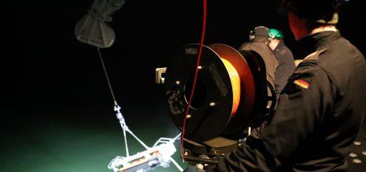 Przygotowanie do ćwiczeń z neutralizacją min. / Zdjęcie: SNMCMG1